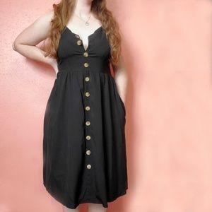 Dresses & Skirts - Vneck button front spaghetti strap black dress